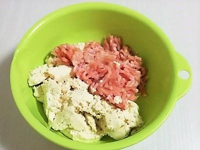 豆腐ハンバーグこね